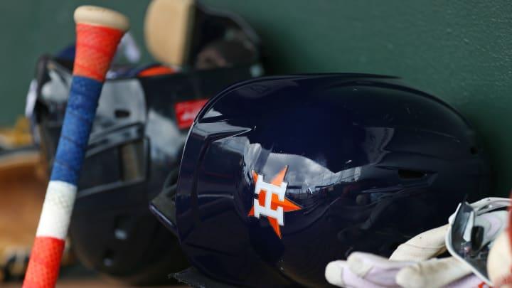 Los Astros dejaron en libertad a Héctor Velázquez