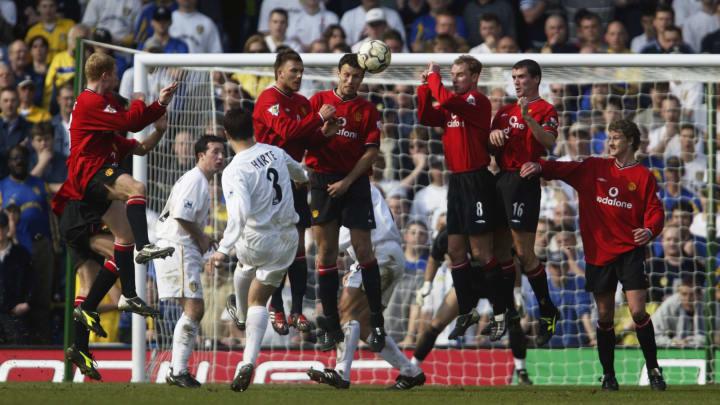 Ian Harte free-kick for Leeds