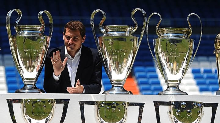 Casillas and some friends