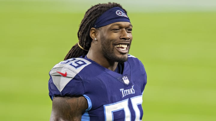 The Cleveland Browns are signing Jadeveon Clowney in free agency.