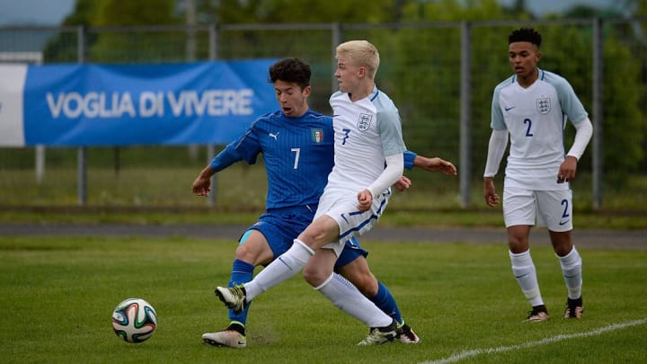 Longstaff (centre) playing for England in an U15 International Tournament.