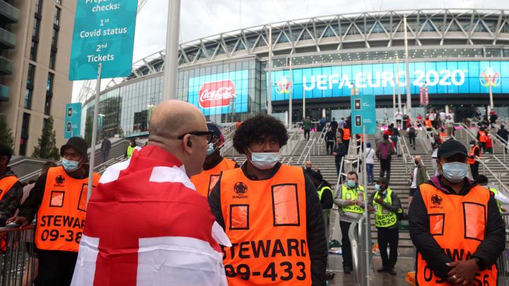 Uno steward a Euro 2020