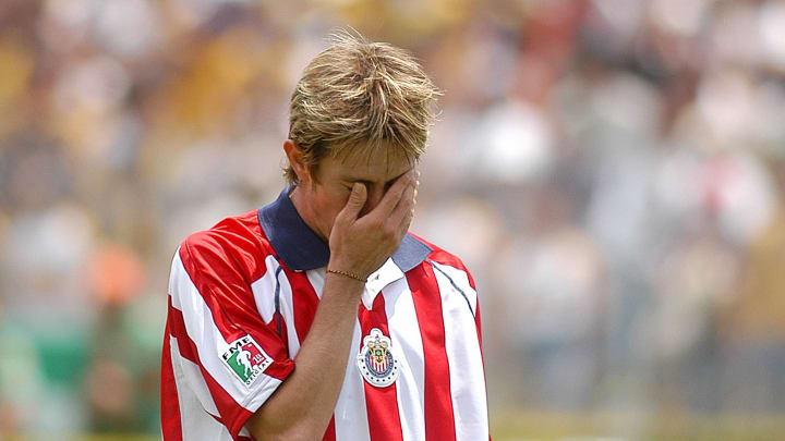 El jugador reveló lo dicho por Jorge Vergara luego de fallar el penal con el que Chivas perdió el título en 2004