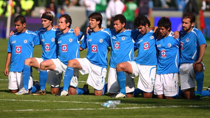 Umbro y Cruz Azul trajeron diseños bastante atractivos.