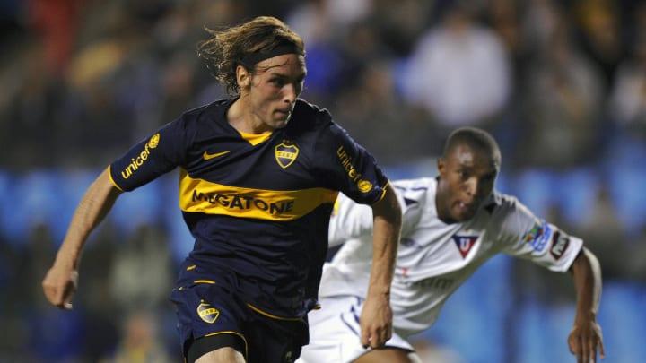 Jonathan Philippe (L) of Argentina's Boc
