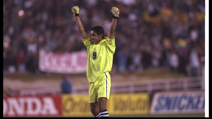 Jorge Campos The Wildly Dressed Mexican Goalkeeper Who Scored Goals For Fun