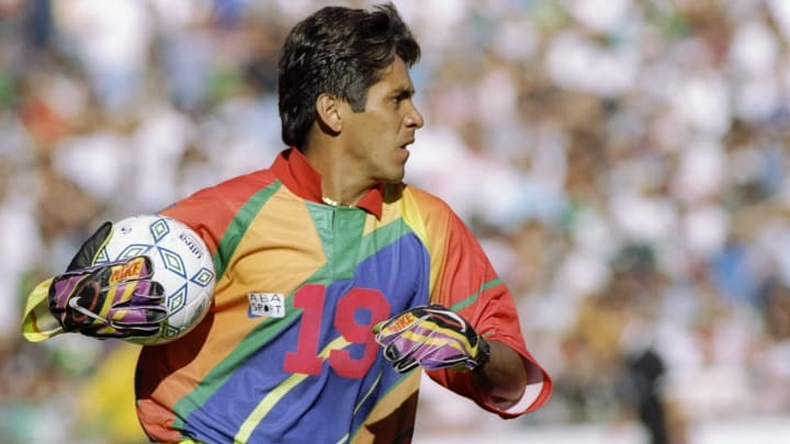 Jorge Campos: The Wildly Dressed Mexican Goalkeeper Who Scored Goals for Fun