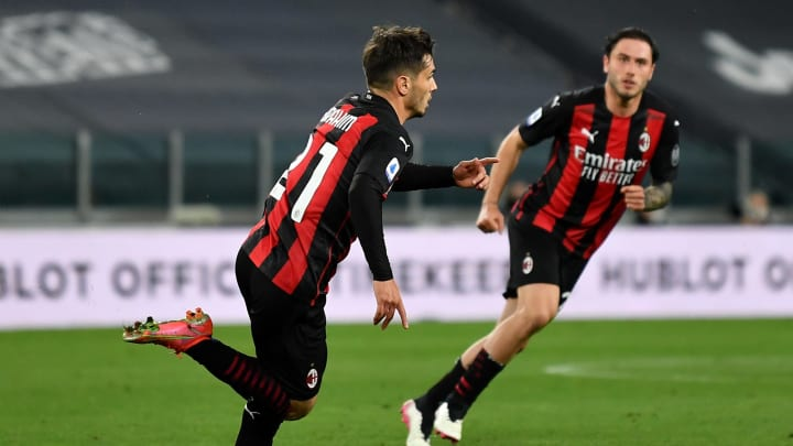Juventus - AC Milan (0 - 3) : Le match pour la qualification en C1 vu par Twitter