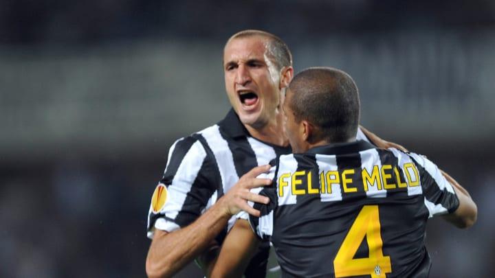Juventus defender Giorgio Chiellini (L)
