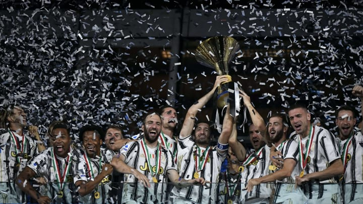Cristiano Ronaldo - Soccer Player, Leonardo Bonucci, Gianluigi Buffon, Matthijs De Ligt, Paulo Dybala, Gonzalo Higuaín, Giorgio Chiellini