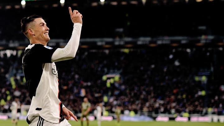 Ronaldo Fifa 20 Cristiano Ronaldo Wins 12th Man Toty Award