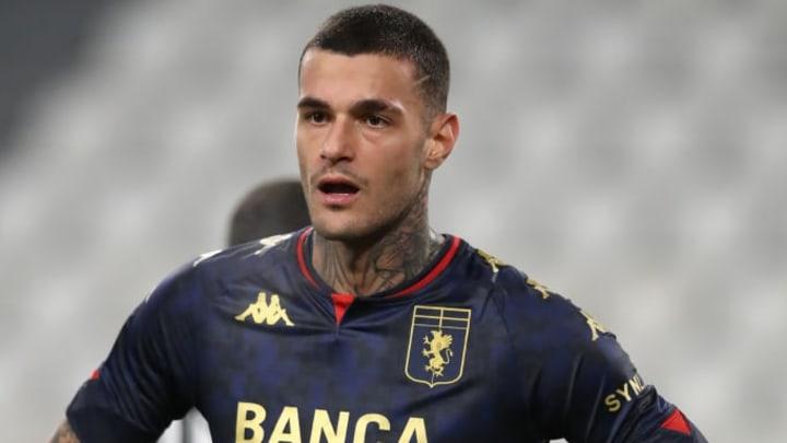 La Juventus hésite pour Gianluca Scamacca.