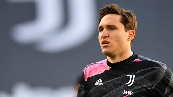 Federico Chiesa received the latest FIFA 21 Community Team of the Week card.