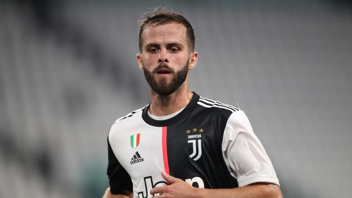 Miralem Pjanic will join Barcelona, with Arthur going the other way