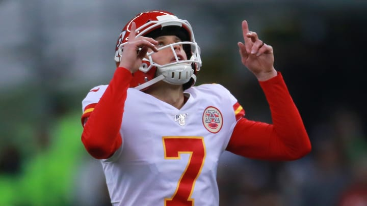 MEXICO CITY, MEXICO - NOVEMBER 18: Harrison Butker #7 of the Kansas City Chiefs celebrates during the game between the Kansas City Chiefs and the Los Angeles Chargers at Estadio Azteca on November 18, 2019 in Mexico City, Mexico. (Photo by S. Lopez/Jam Media/Getty Images)