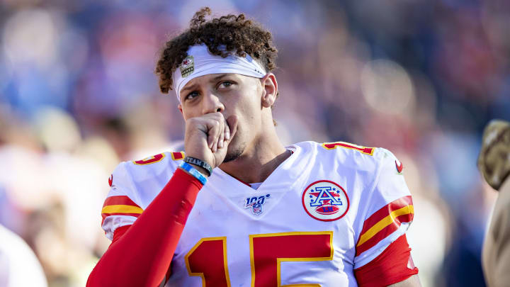 NASHVILLE, TN - NOVEMBER 10:  Patrick Mahomes #15 of the Kansas City Chiefs on the sidelines in the second half of a game against the Tennessee Titans at Nissan Stadium on November 10, 2019 in Nashville, Tennessee.  The Titans defeated the Chiefs 35-32.  (Photo by Wesley Hitt/Getty Images)