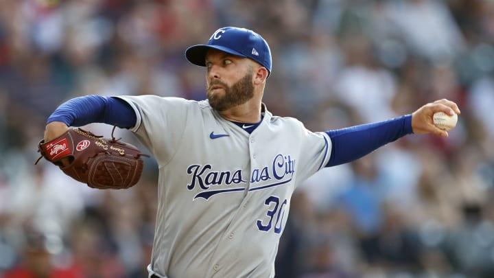 Danny Duffy lanzará con los Dodgers de Los Angeles