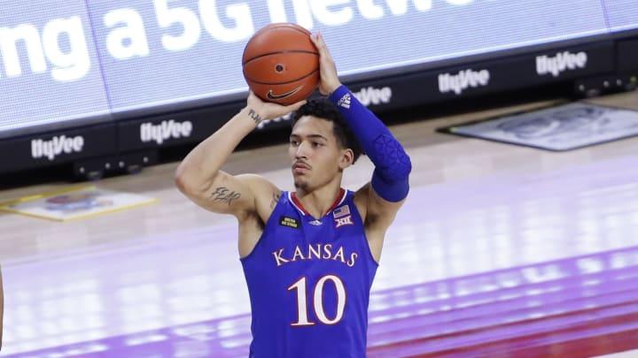 USC basketball opponent Jalen Wilson of Kansas.
