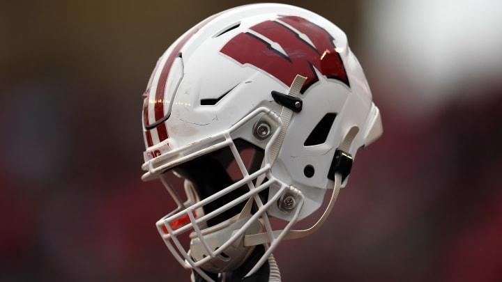 The dreaded single helmet.