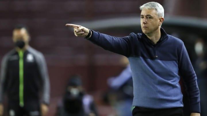 Grêmio e Atlético-GO se enfrentam pela 9ª rodada do Campeonato Brasileiro.