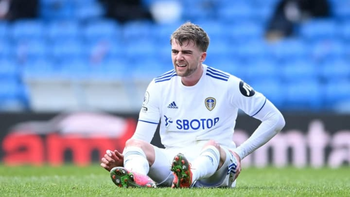 A disappointing afternoon for Leeds striker Patrick Bamford as he was forced to withdraw against his former club Chelsea