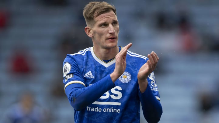 Marc Albrighton has signed a new Leicester contract