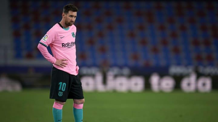 Da sequência de resultados ruins do Atlético de Madrid aos tropeços do Barcelona: confira 8 vezes em que os candidatos ao título de LaLiga tropeçaram.