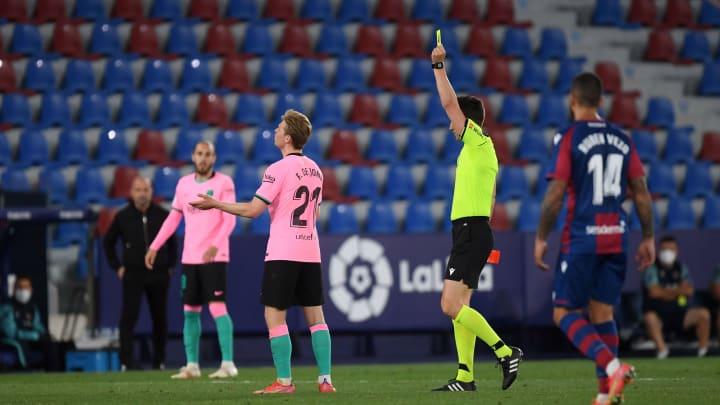 Levante UD v FC Barcelona -De Jong