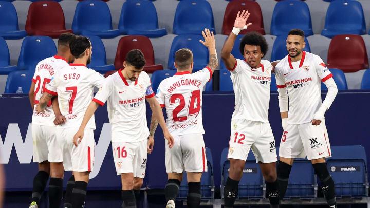 Sequência de vitórias em abril, jogadores bem encaixados ao time e mais: entenda como o Sevilla foi 'comendo pelas beiradas' e, hoje, briga por LaLiga