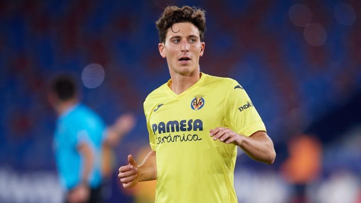 Convocado pela Espanha para a Eurocopa e finalista da Europa League, Pau Torres é um dos zagueiros mais promissores da LaLiga. Conheça.