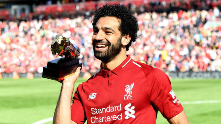 Salah is awarded the 2017/18 Golden Boot before Liverpool's final game of the season vs Brighton