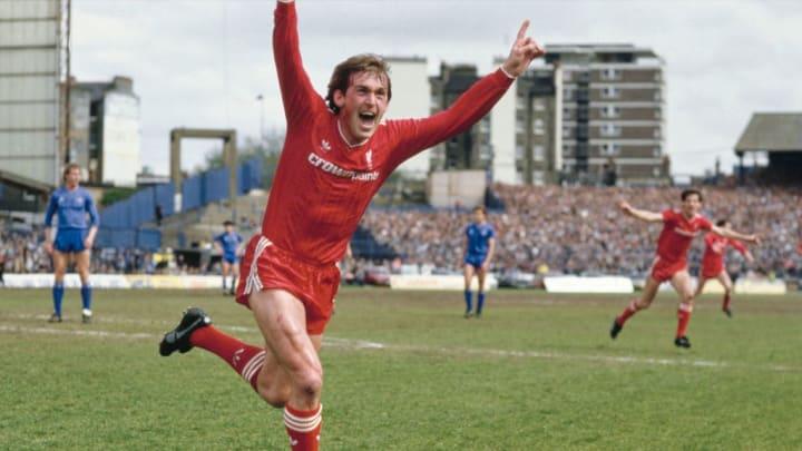 515 matches, 172 buts, 13 saisons et 20 titres : la légende Kenny Dalglish a connu tous les triomphes dans le nord-ouest de l'Angleterre.