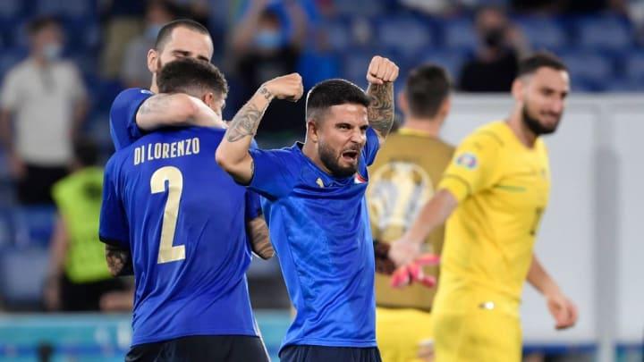 Lorenzo Insigne of Italy celebrates the victory of the Uefa...