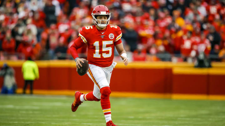 Patrick Mahomes is going to get a record contract with the Chiefs.