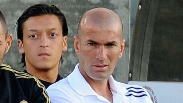 Karim Benzema, Zinedine Zidane, Mesut Oezil, Cristiano Ronaldo - Soccer Player