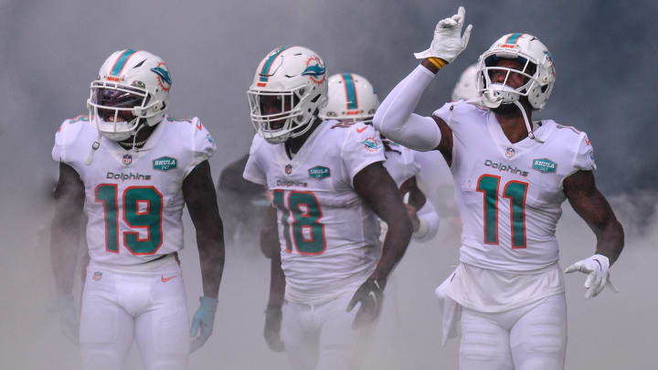 Colts vs Dolphins NFL opening odds, lines and predictions for Week 4 matchup.