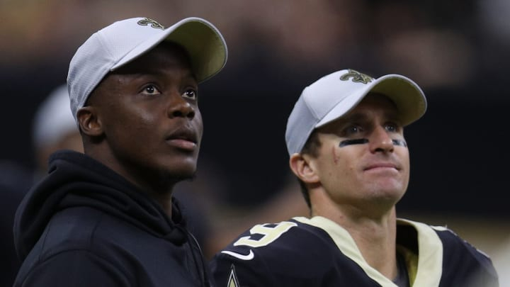 NEW ORLEANS, LA - AUGUST 30:  Drew Brees #9 of the New Orleans Saints talks with Teddy Bridgewater during the game against the Los Angeles Rams at Mercedes-Benz Superdome on August 30, 2018 in New Orleans, Louisiana.  (Photo by Chris Graythen/Getty Images)
