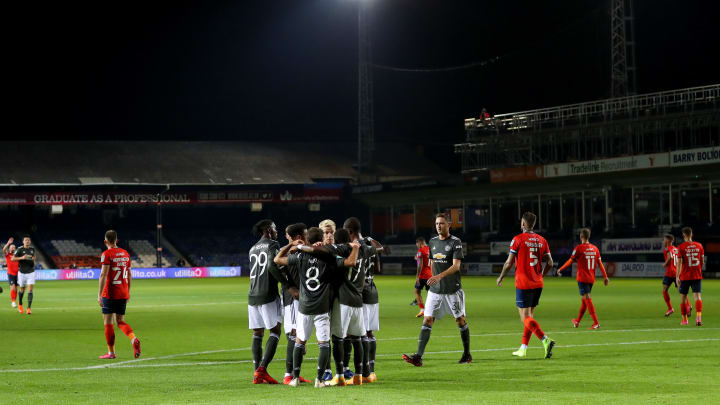 luton town vs man united - photo #31
