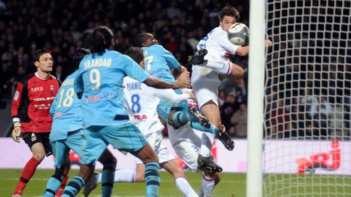 L'un des matchs les plus mythiques de l'histoire de la Ligue 1 entre l'OL et l'OM.