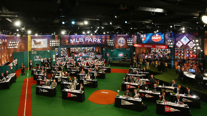 SECAUCUS, NJ - JUNE 07:  A general view of the MLB First Year Player Draft on June 7, 2010 held in Studio 42 at the MLB Network in Secaucus, New Jersey.  (Photo by Mike Stobe/Getty Images)