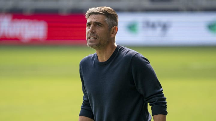 Gonzalez leaves Dallas with a record of 30 wins, 25 draws and 32 defeats from 87 games in charge.