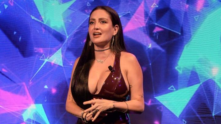 Celia Lora es hija del rockero Álex Lora