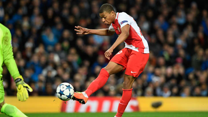 Nach nur einer sensationellen Saison wechselte Mbappe von Monaco nach Paris