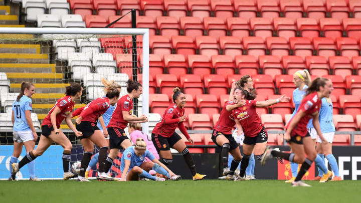 The draw leaves United top of the WSL