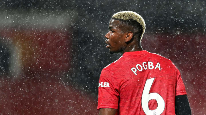 Paul Pogba geht gegen die Sun vor