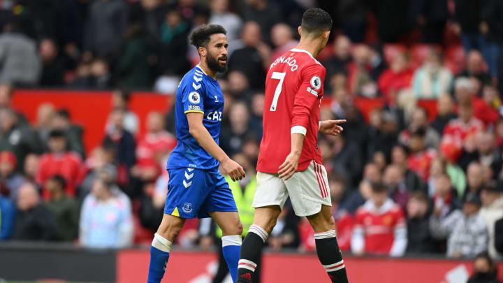 Andros Townsend (l.) und Cristiano Ronaldo