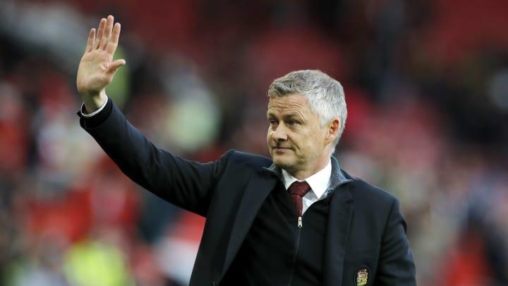 Twitter reacts as Old Gunnar Solskjaer pens new 3-year Man Utd deal