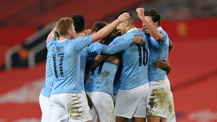 Manchester City rejoint Tottenham en finale.