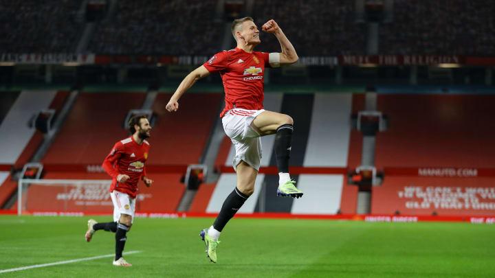 Burnley vs Manchester United Odds, Prediction, Lines ...