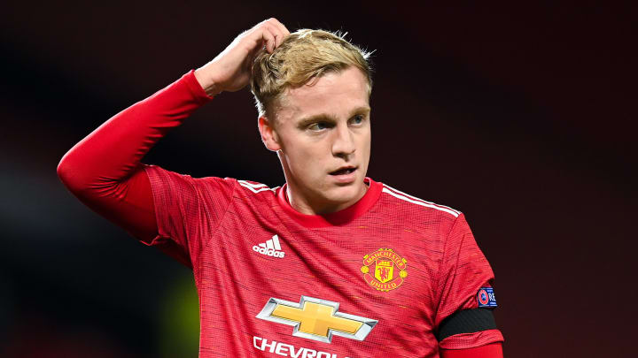 Donny van de Beek can and will play alongside Bruno Fernandes at Man Utd - give it time